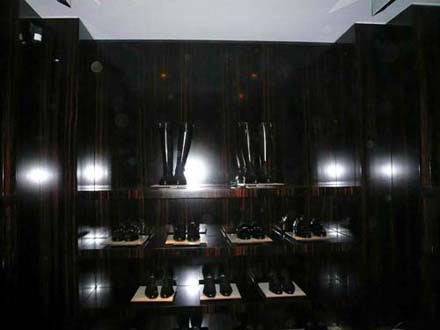 Tom Ford Store in Milan - Photo: Julien-Bertic