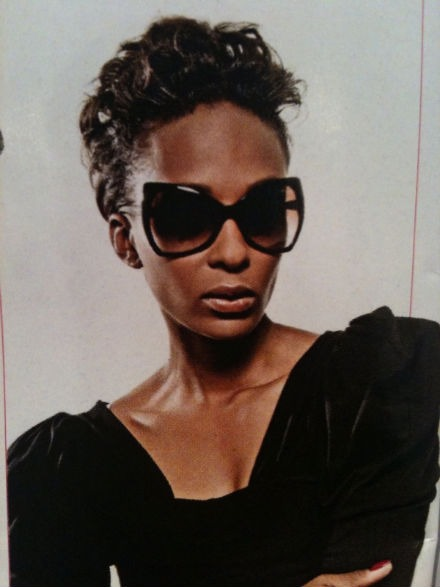 Model eyewear Lindi Suttle